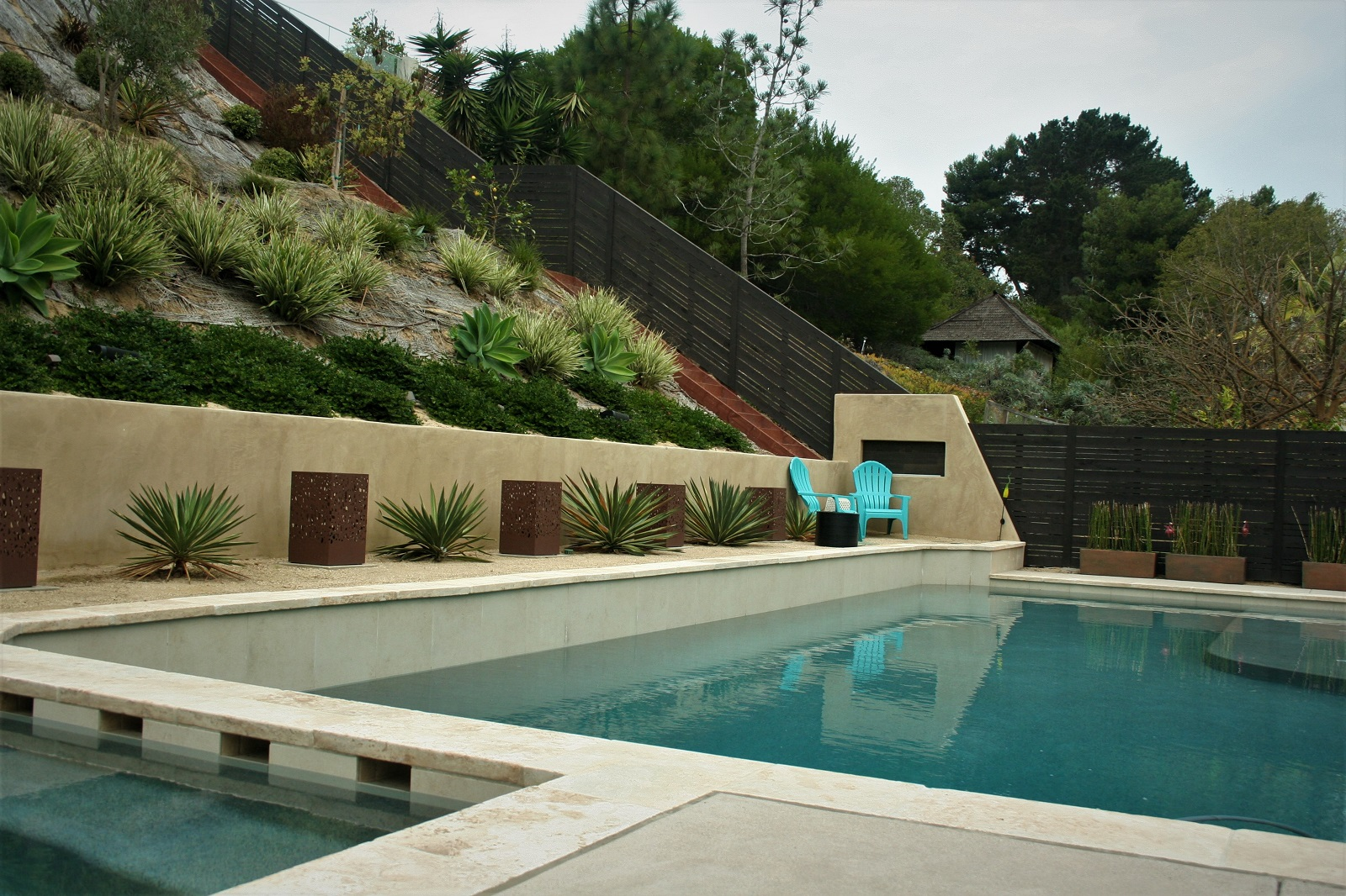cross construction remodel contemporary pool retaining wall