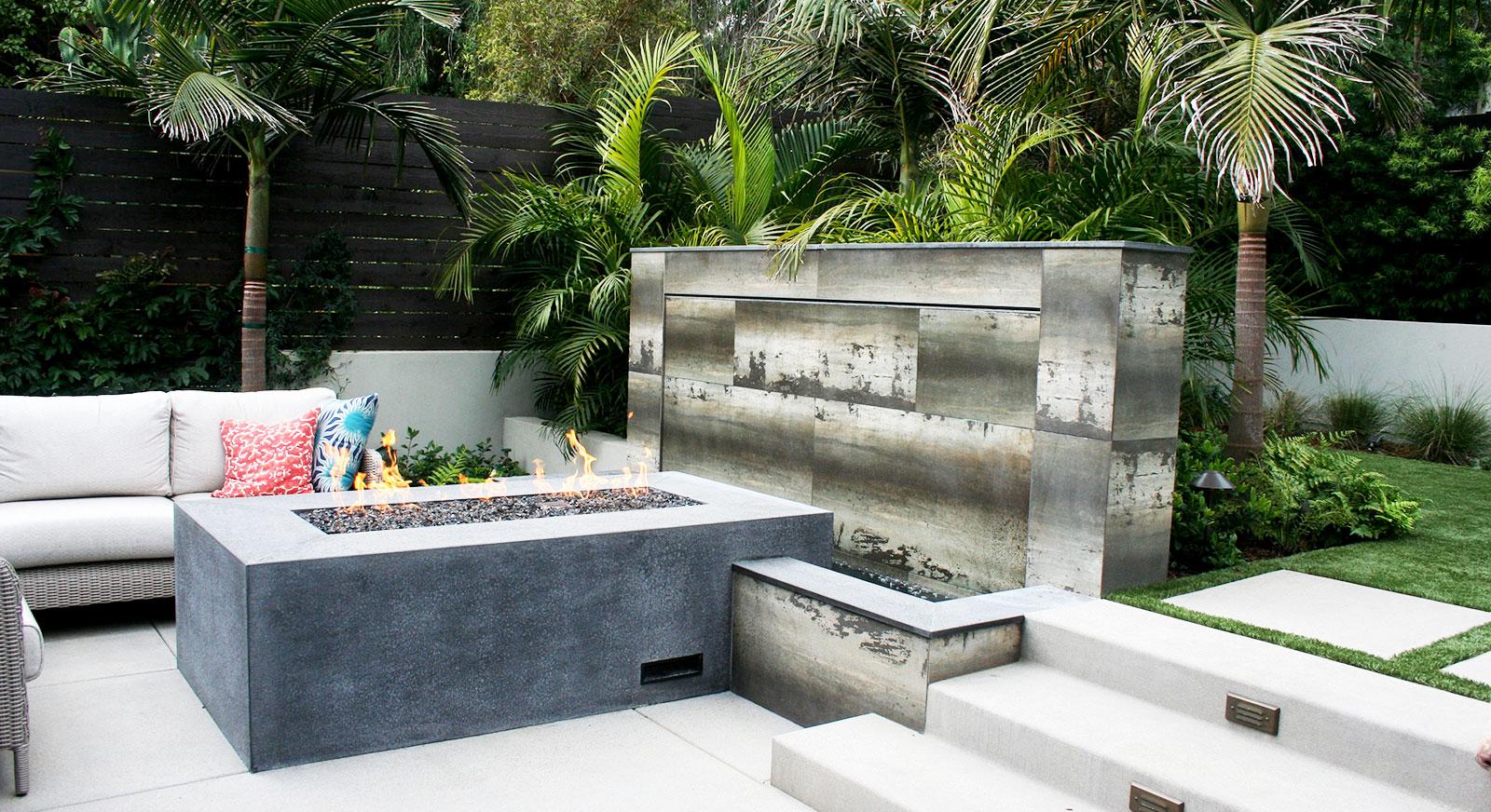 Cross Construction Inc. Fireplace element. Basalt