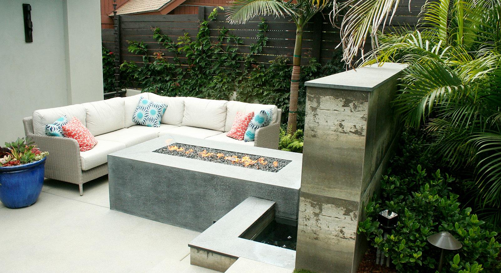 Cross Construction Inc. Fire element. Basalt. Outdoor couch